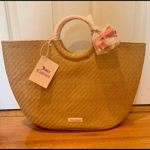 COPY - NWT Juicy Couture straw tote bag with bow 🎀